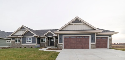 Waunakee Single Family Home For Sale: 712 Westbridge Tr