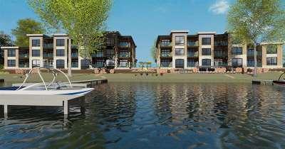McFarland Condo/Townhouse For Sale: 4506 Larson Beach Rd #204