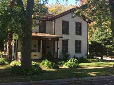 Evansville Single Family Home For Sale: 103 S 3rd St