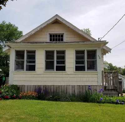 Janesville Single Family Home For Sale: 534 Williams Street