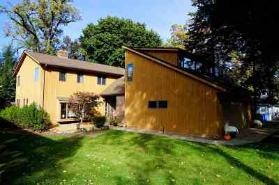 Stoughton Single Family Home For Sale: 3028 Shadyside Dr