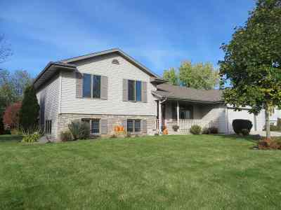 Janesville Single Family Home For Sale: 4437 Rockingham Dr