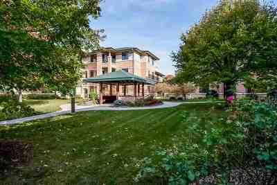 Middleton Condo/Townhouse For Sale: 6767 Frank Lloyd Wright Ave #113