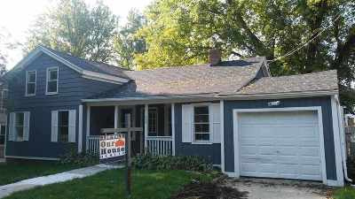 Stoughton Single Family Home For Sale: 508 Dunkirk Ave