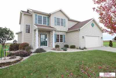 Janesville Single Family Home For Sale: 416 Rimrock Rd