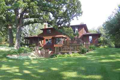 Dodge County Single Family Home For Sale: W8598 Lake George Terr