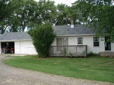 Wisconsin Dells Single Family Home For Sale: W14856 Hwy 16