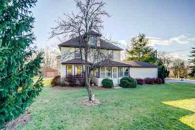 Waunakee Single Family Home For Sale: 5548 River Rd