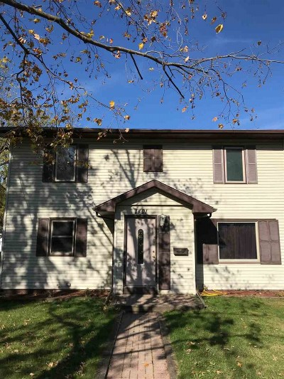 Monona Single Family Home For Sale: 1401 Wyldhaven Ave