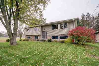 Fitchburg Single Family Home For Sale: 2801 Florann Dr