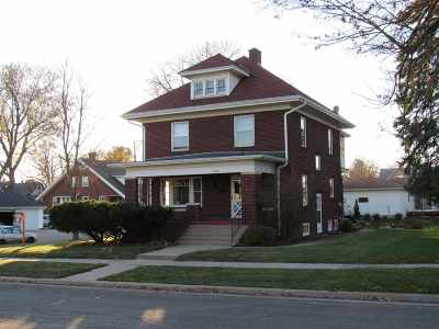 Green County Single Family Home For Sale: 2023 14th Ave