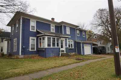 Columbus Single Family Home For Sale: 107 W School St
