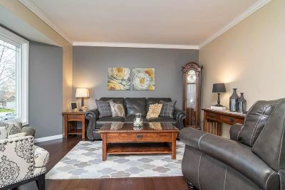 Madison WI Single Family Home For Sale: $230,000