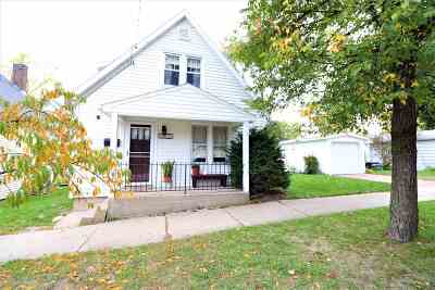 Dane County Single Family Home For Sale: 1810 Ruskin St