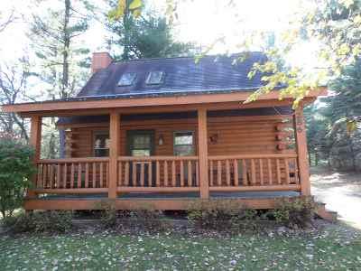 Wisconsin Dells Single Family Home For Sale: 286 E Hiawatha Dr