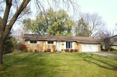 Madison Single Family Home For Sale: 6 Celia Ct