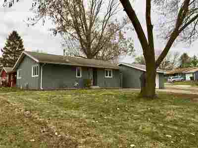 Sun Prairie Single Family Home For Sale: 1022 Juniper St