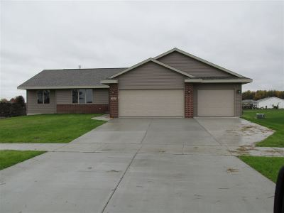 Janesville Single Family Home For Sale: 2687 Kells Way