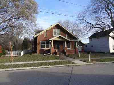 Milton Single Family Home For Sale: 28 Division St