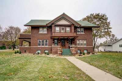 Mount Horeb Single Family Home For Sale: 312 S 4th St