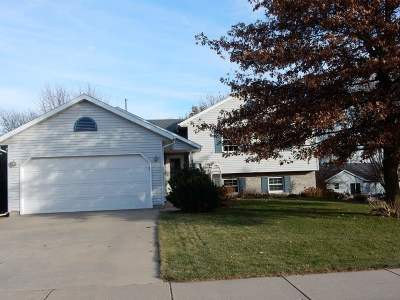 Oregon WI Single Family Home For Sale: $259,900