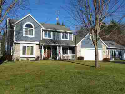 Stoughton Single Family Home For Sale: 2521 Williams Dr