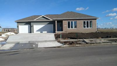 Deforest WI Single Family Home For Sale: $379,900