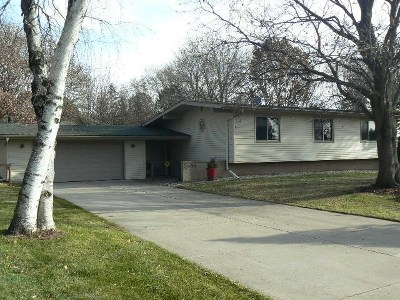 Deforest WI Single Family Home For Sale: $268,900