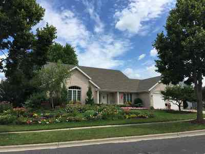 Waunakee Single Family Home For Sale: 1908 Manchester Crossing