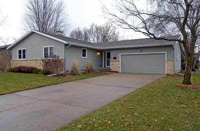 Waunakee Single Family Home For Sale: 313 Santa Fe Tr