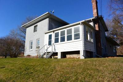 Edgerton Single Family Home For Sale: 4010 W County Road M