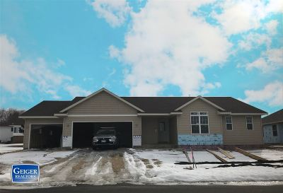 Belleville WI Single Family Home For Sale: $299,900