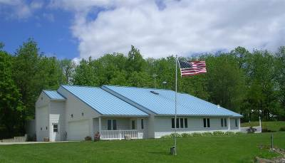 Green County Single Family Home For Sale: W2904 County Road Ee