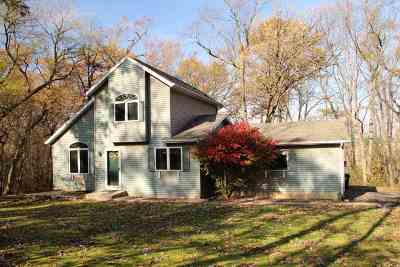 Deerfield Single Family Home For Sale: 1368 Prairie Village Rd