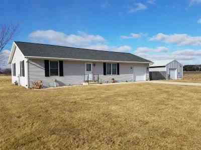 Janesville Single Family Home For Sale: 4339 N County Road H