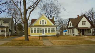 Adams Single Family Home For Sale: 233 S Linden St
