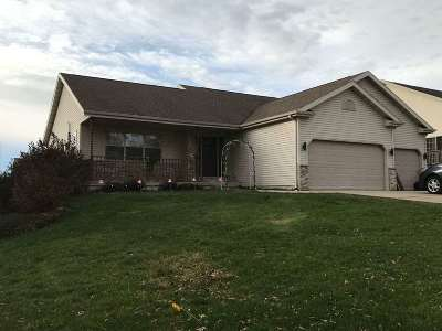Sun Prairie Single Family Home For Sale: 3165 Bookham Dr