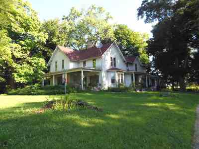Jefferson County Single Family Home For Sale: N3104-N3114 Hwy 12