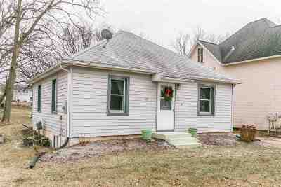 Verona Single Family Home For Sale: 435 S Main St