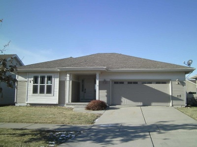 Madison WI Single Family Home For Sale: $234,900