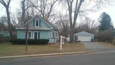 Monona Single Family Home For Sale: 5004 Maywood Rd