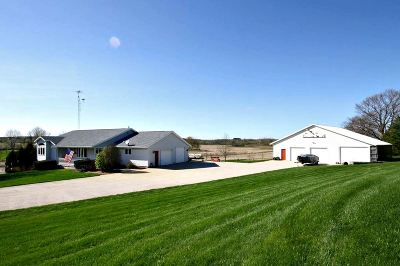 Dodge County Single Family Home For Sale: W9860 County Road Gg