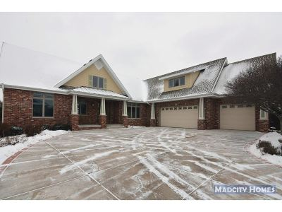 Waunakee Single Family Home For Sale: 1307 Lawton Ct