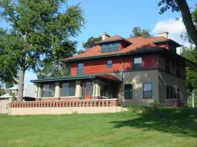 Dodge County Single Family Home For Sale: 604 W 3rd St