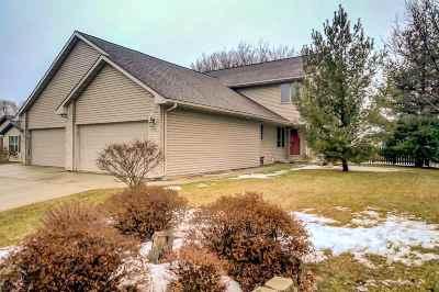 Milton Single Family Home For Sale: 548 Rivendell Dr