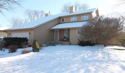 Janesville Single Family Home For Sale: 4242 Park View Dr