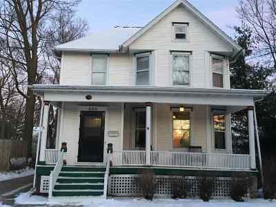 Beloit Single Family Home For Sale: 825 Park Ave
