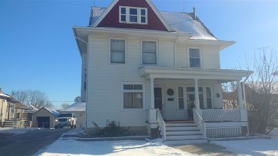Lancaster WI Single Family Home For Sale: $147,000