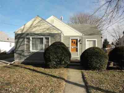 Beloit Single Family Home For Sale: 1127 Cleveland St