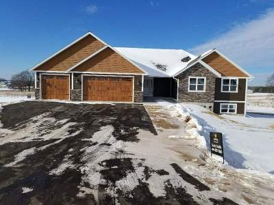 Pardeeville Single Family Home For Sale: N7180 Pacific Ridge
